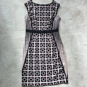 London Times Black/Cream Sleeveless Dress